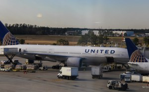 united-777-houston