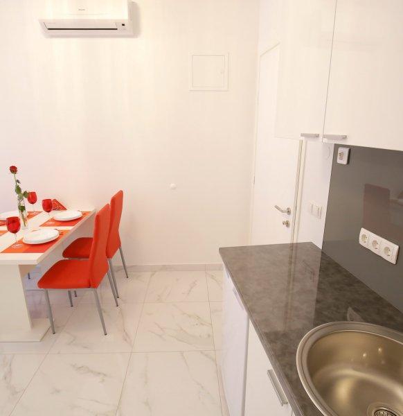 Apartment_22