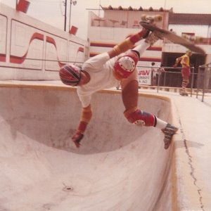 Foot Plant - skater Thosriiro - 1981