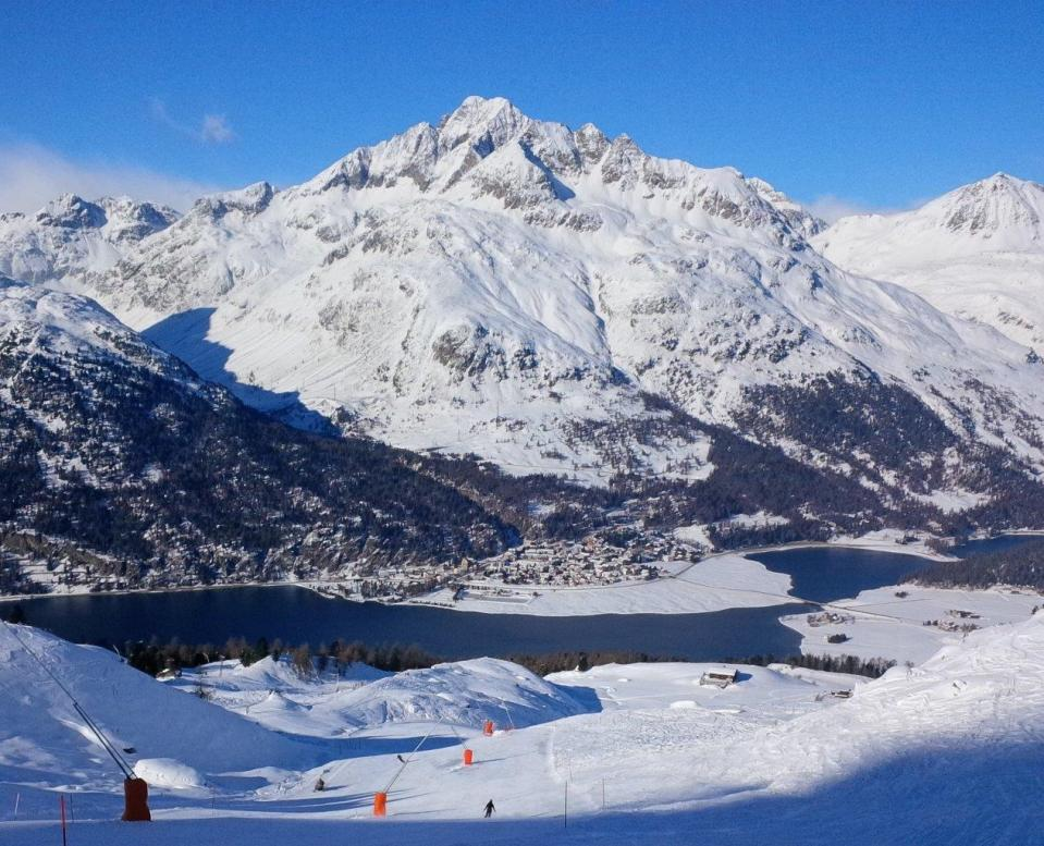 Corvatsch and Corvigilia open for season.
