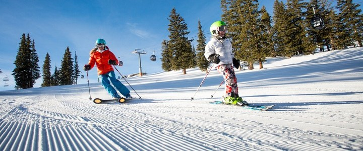 Aspen Snowmass family ski vacation