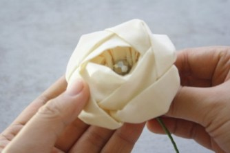 rose fabric flower tutorial