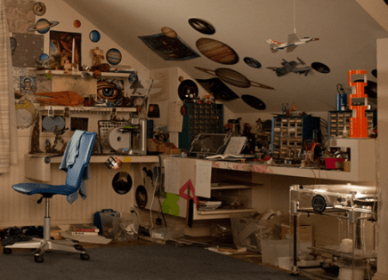 Enders Game - Room