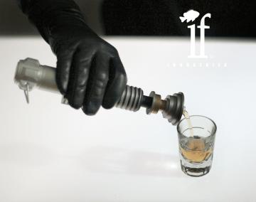 Lightsaber flask (1)