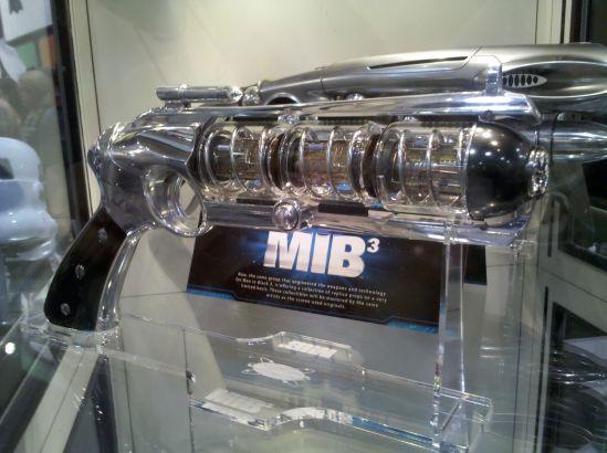 MIB 3 Weapons 5