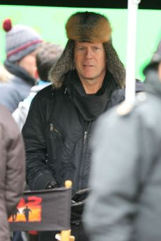 red 2 filming 2 271012