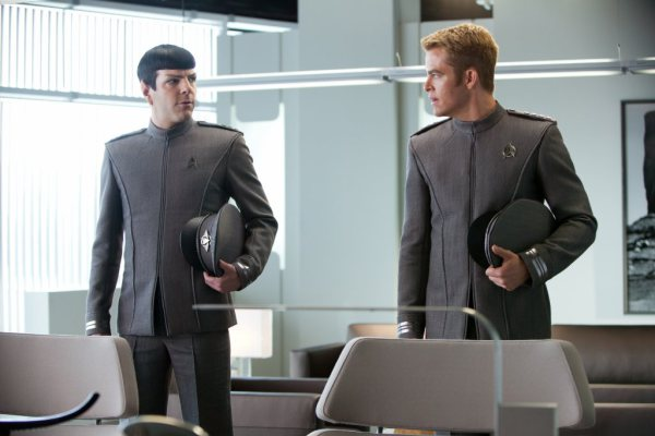 Star Trek Into Darkness - Spock and Kirk 1