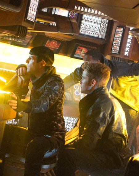 Star Trek Into Darkness - Spock and Kirk 2