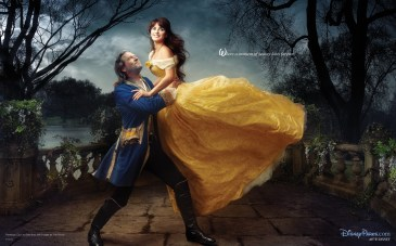 Penelope Cruz and Jeff Bridges appear as Belle and the transformed prince recalling the final scene from Beauty and the Beast