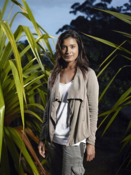 TERRA NOVA: Shelley Conn as Elizabeth Shannon