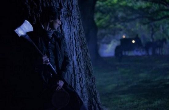abraham-lincoln-vampire-hunter-benjamin-walker-ew-02