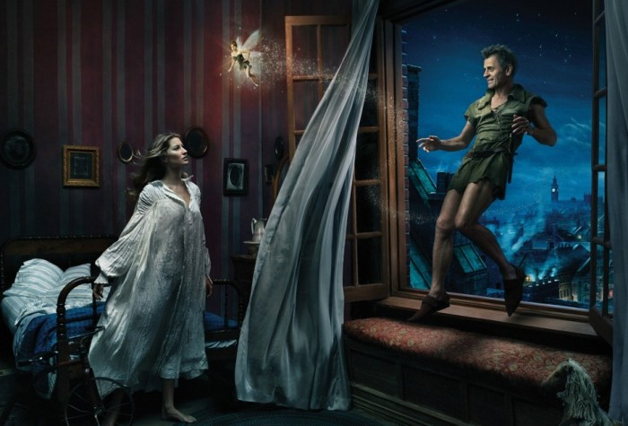 Gisele Bundchen as Wendy Darling, Mikhail Baryshnikov as Peter Pan