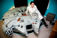 Kayla Kromer's Millennium Falcon Bed