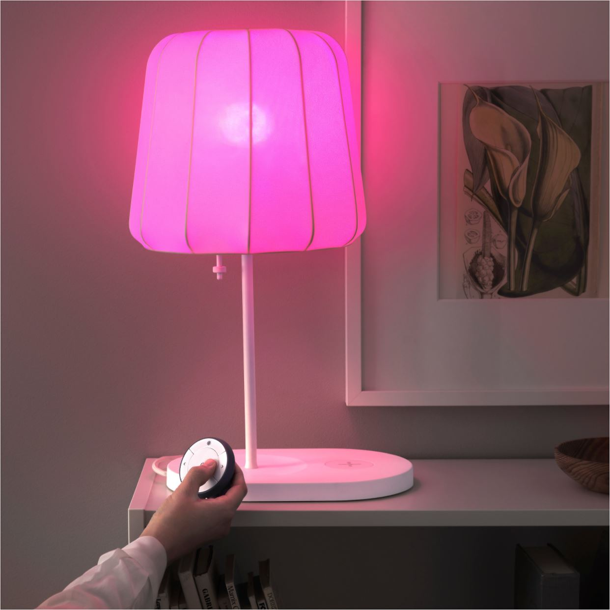 TRADFRI: IKEAs smartes Beleuchtungssystem lässt sich jetzt auch per Google Assistant steuern