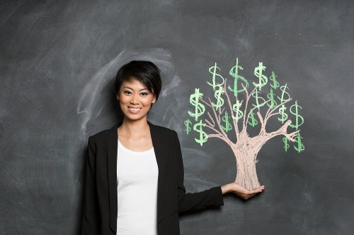 Business woman with high Financial IQ