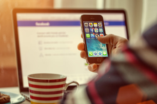 Using social media for marketing campaigns