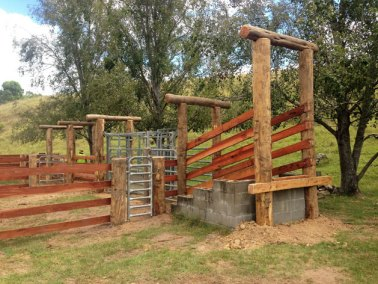 hunter-valley-stockyards-smhvalley-fencing