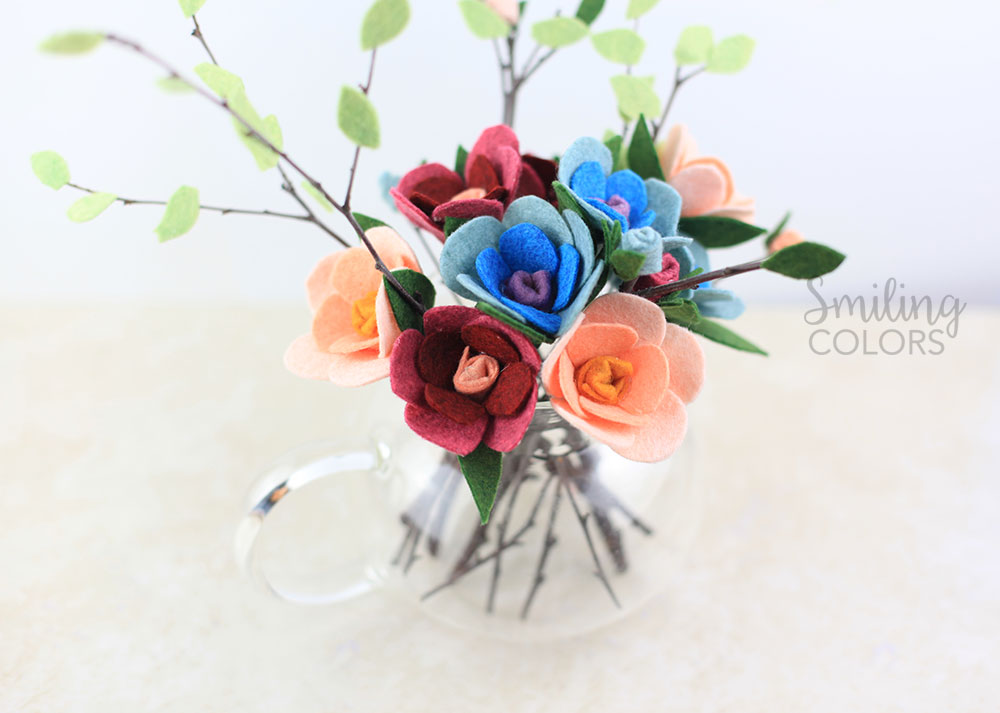 How to easily Make your own Flowers with Felt