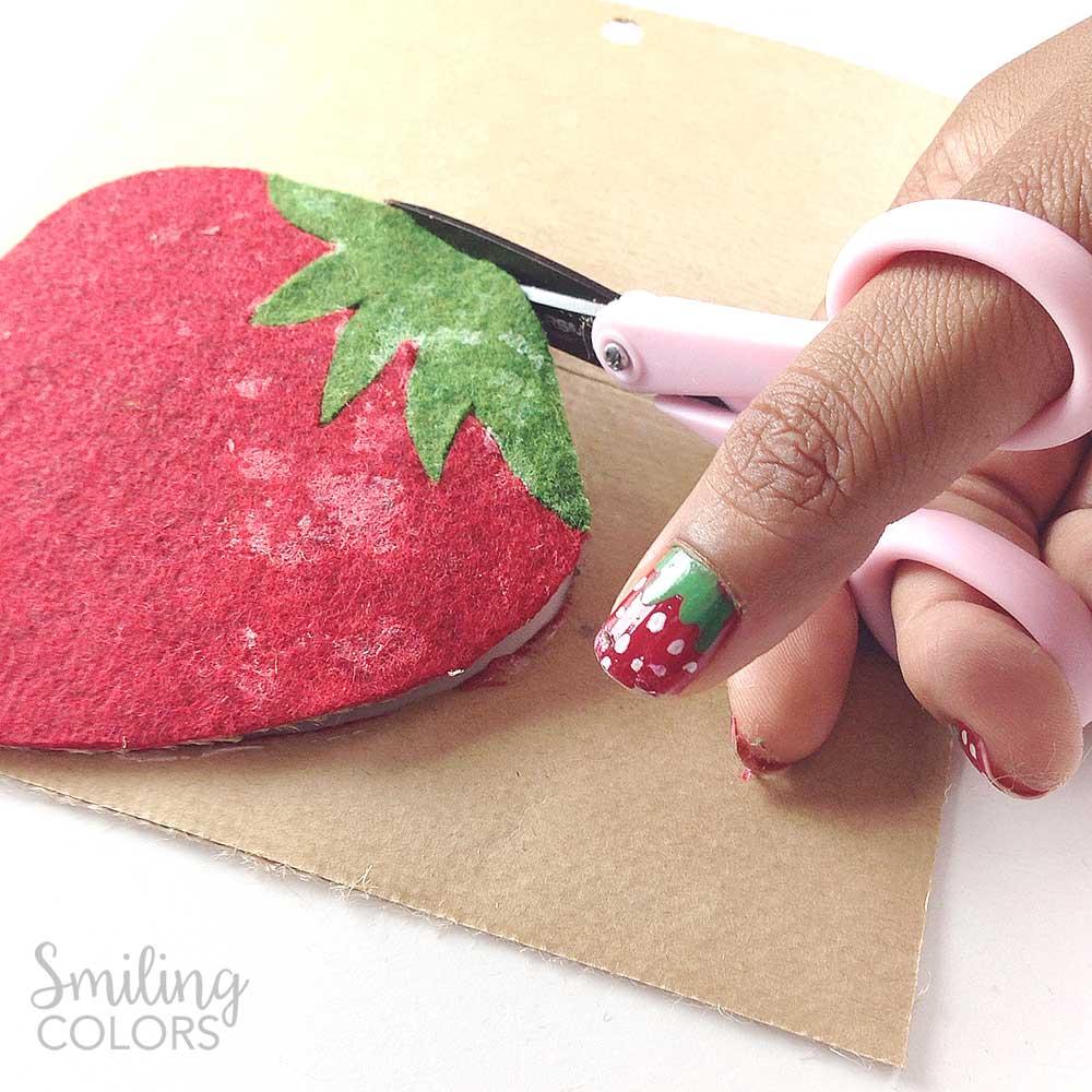 no sew strawberry coasters