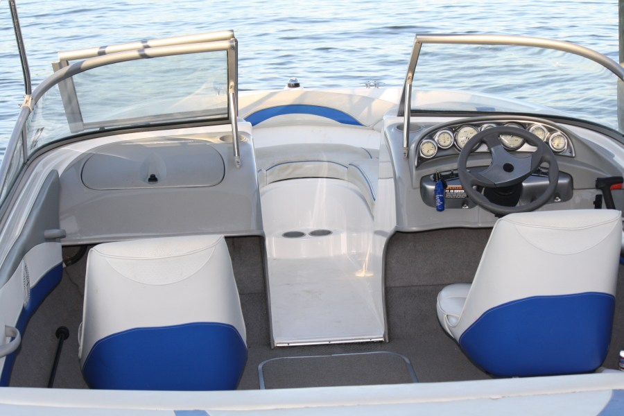 Pleasure Boats for Rent