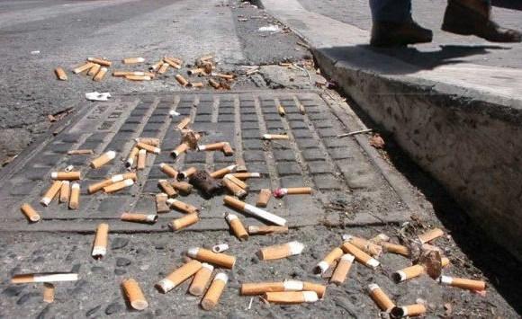 Multe salatissime per chi getta sigarette a terra in Francia