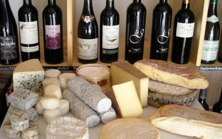 Cheese Wine bar in Tours