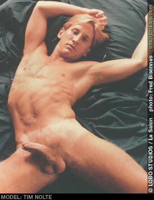 peyton list naked