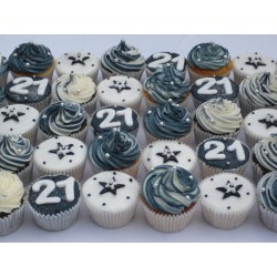 Supreme Men Photo Male Birthday Cake 21st Birthday Ideas Nyc 21st Birthday Ideas Friend Birthday Cupcakes Birthday Cupcakes
