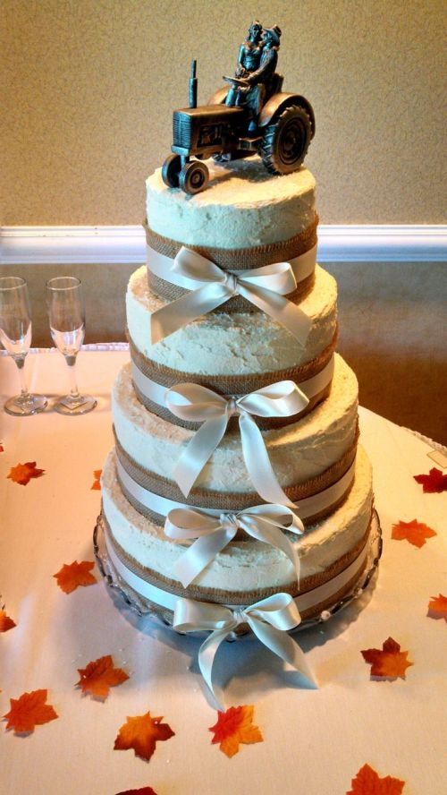 Medium Of Country Wedding Cakes