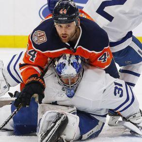 Oilers vs Leafs