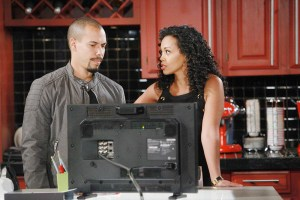 "Bryton James, Mishael Morgan ""The Young and the Restless"" Set CBS television City Los Angeles 09/14/16 © Howard Wise/jpistudios.com 310-657-9661 Episode # 11048 U.S. Airdate 11/08/16"