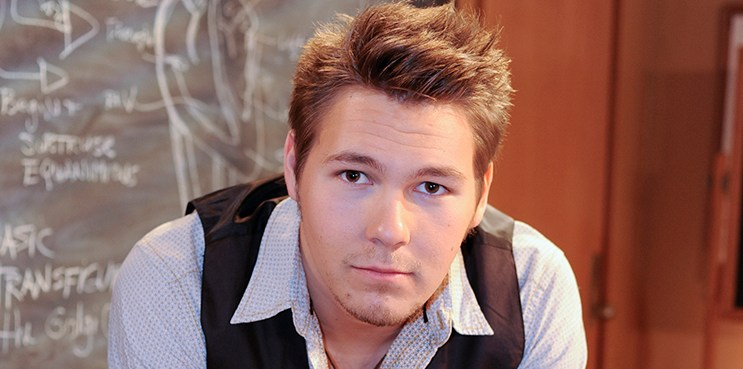"ONE LIFE TO LIVE - Scott Clifton (Schuyler)  in a scene that airs the week of January 5, 2009 on ABC Daytime's ""One Life to Live.""  ""One Life to Live"" airs Monday-Friday (2:00 p.m. - 3:00 p.m., ET) on the ABC Television Network. (ABC/DONNA SVENNEVIK) SCOTT CLIFTON"