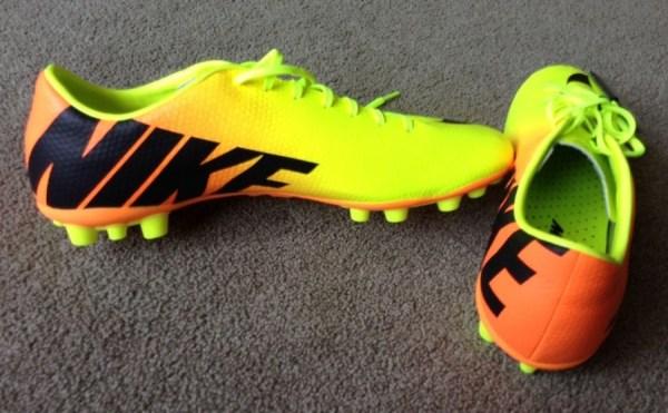 Veloce AG Soccer Cleats
