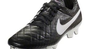 """Traditional"" Nike Tiempo Legend V Released"