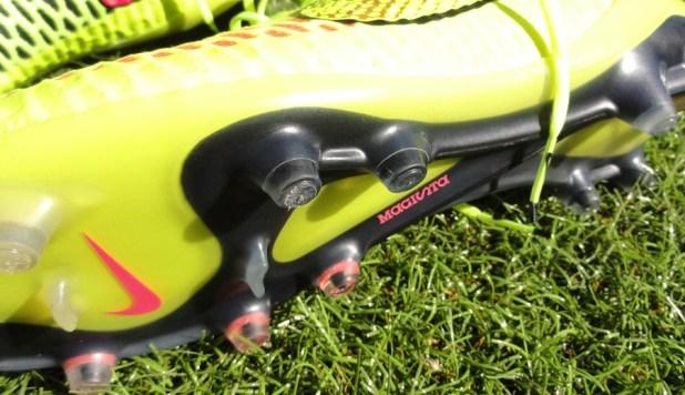 Nike Magista Soleplate + Stud Configuration