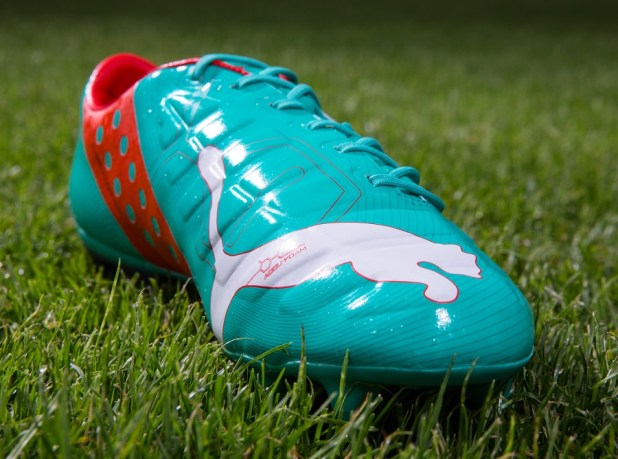 Puma evoPOWER Pool Green Front