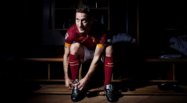 Totti in Tiempo Featured