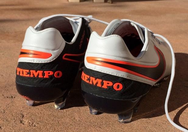 Nike Tiempo 6 Heel Design