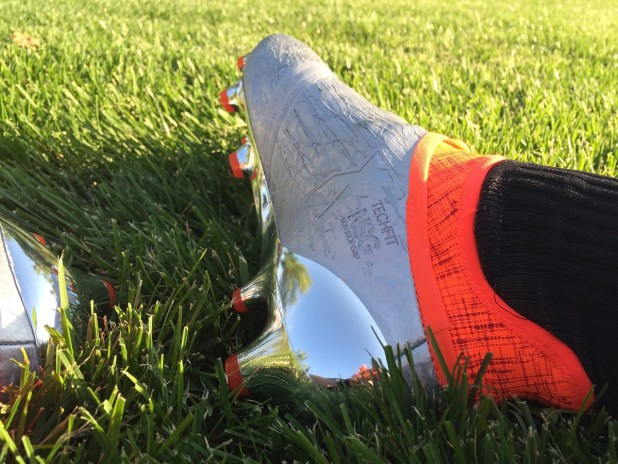 Adidas 16+ Purechaos Soccer Cleat