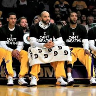 Lakers-wearing-I-cant-breathe-boozer-nick-young-Jeremy-Lin