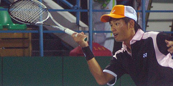 2010第16回アジア競技大会男子団体決勝での林鼎鈞。中堀・高川を破り優勝を決めている。