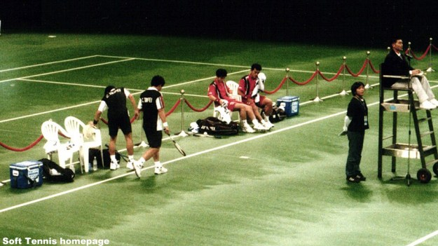 1999世界選手権(台湾 林口)、最終日の男子ダブルス決勝での謝・陳と中堀・高川