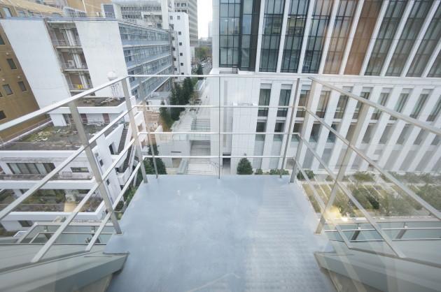 HK-hirakawacho-balcony2