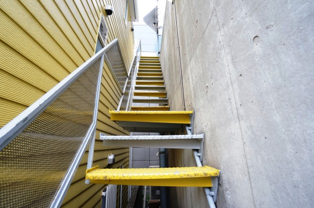 nishiazabu_square-stair-sohotokyo
