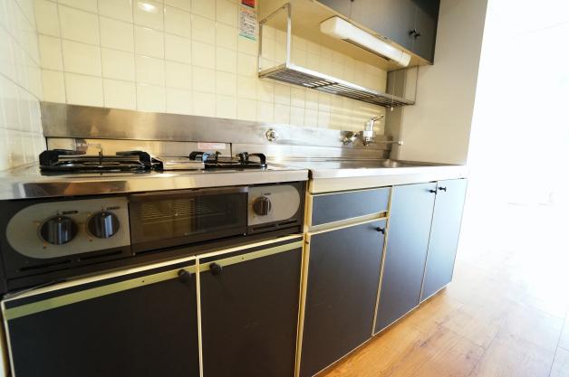 shuwa_daikanyama_residence-kitchen-01-sohotokyo