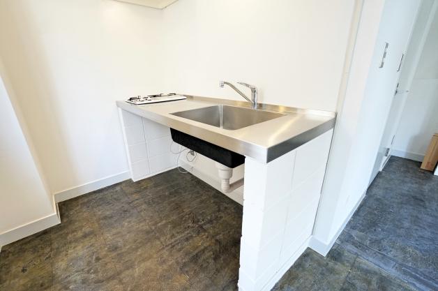 camerado_bldg-3F-kitchen-02-sohotokyo