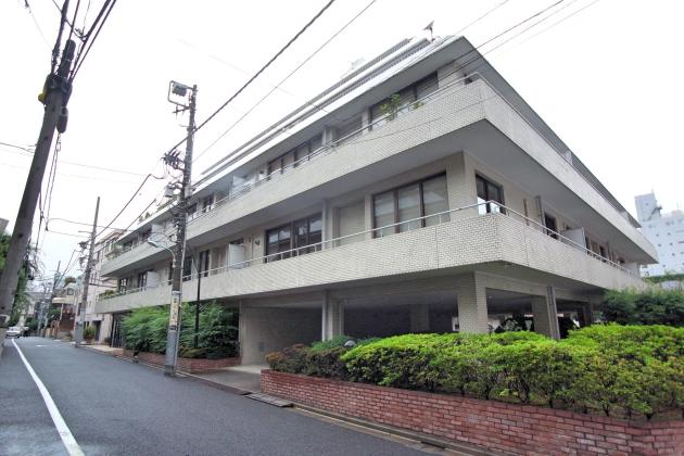 flat_aoyama-facade-01-sohotokyo