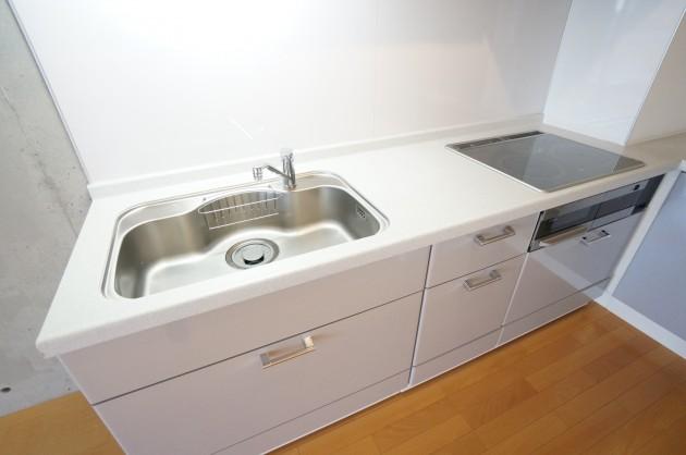 iida_annex7--503-kitchen-01-sohotokyo