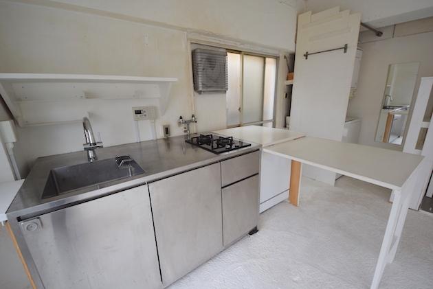 topcourt2-kitchen-01-sohotokyo