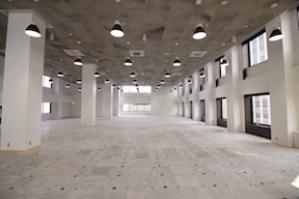 【賃料改定】天井高5.2m、100坪越えのリノベーションオフィス